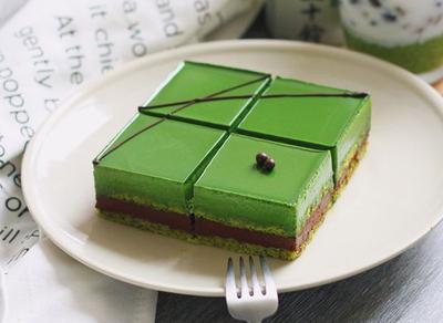 简约抹茶蛋糕