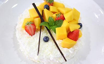 芒果白森林蛋糕